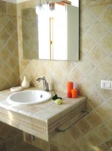 Camelia Bathroom